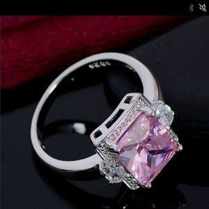 Jewelry - 925 Silver (stamped) Pink Crystal Ring